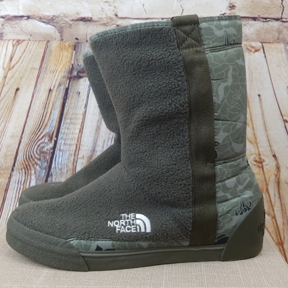 07a6cab32a7bd The North Face Shoes | North Face Ahel Boot 8 Green Floral Nwob ...